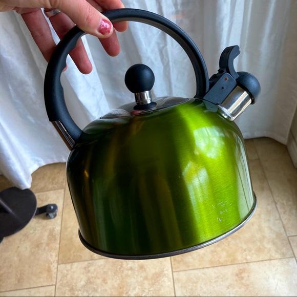 Green kettle 🌎
